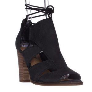 Lucky Brand Lanita block heel Sandal size 8M